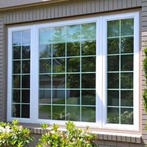 3 unit picture window with grid